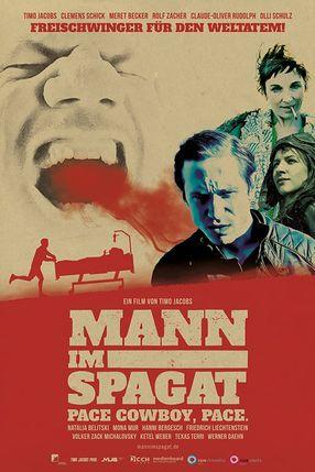 Poster: Mann im Spagat